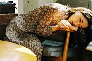6 thói quen khi ngủ khiến chị em mất sắc như chơi, già nua không kịp cản: 1 đêm già đi 10 tuổi
