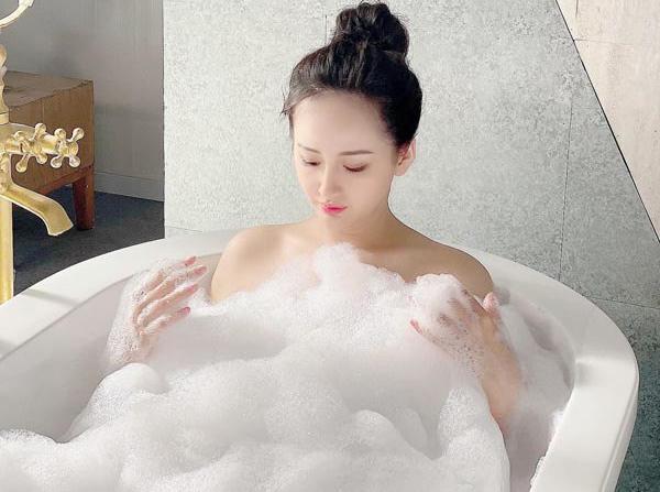 9 tuyệt chiêu đơn giản để cơ thể luôn thơm mát chẳng cần dùng nước hoa